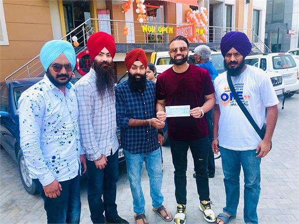 singer gagan kokri gives 2 lakh khalsa aid for punjab floods