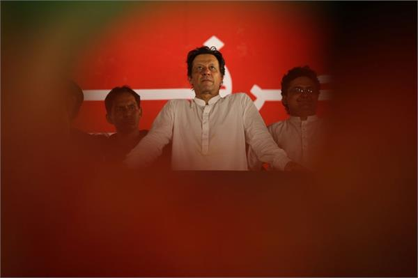 pak pm khan to make   policy statement   on kashmir on friday