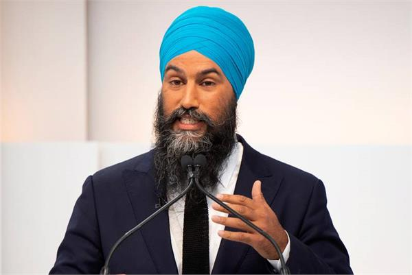 trudeau government receives 3 billion debt from students  jagmeet singh