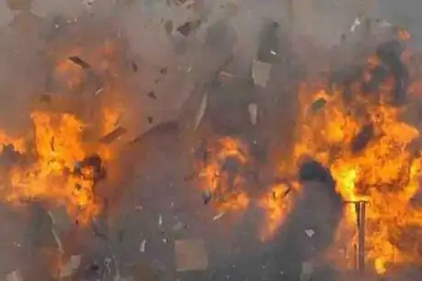 explosion in drug store in west bengal