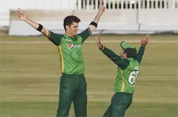 shaheen afridi equals world record