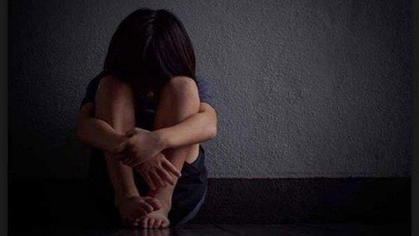 minor girl brutally murdered after rape in gujrat