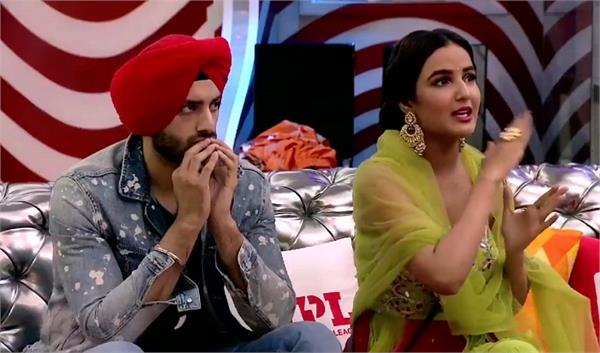 jasmin bhasin accuses eijaz khan of physically intimidating her during task