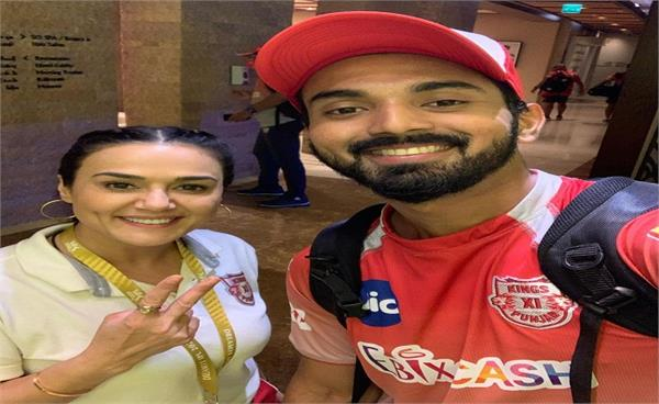 preity zinta told herself covid test queene