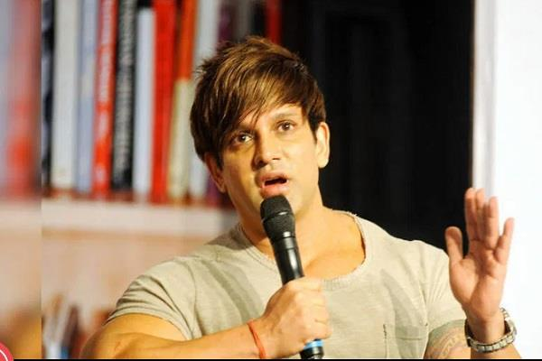 sebi bans yash birla from market for 2 years