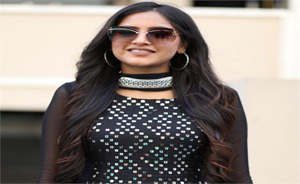 punjabi singer baani sandhu
