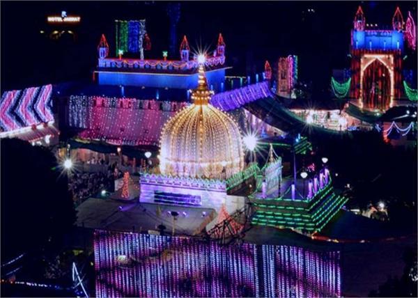 all faiths people in dargah ajmer sharif
