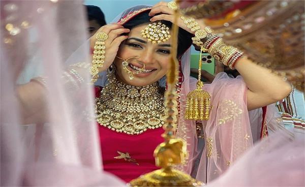 sara gurpal bridal look viral on social media