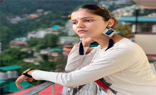 rubina dilaik reveals a famous bollywood director told her he