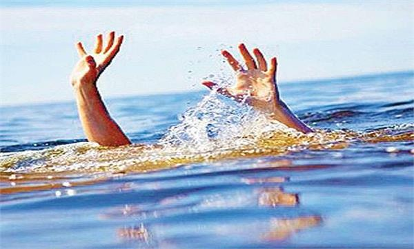 ferozepur bar senior advocate satpal bajaj jumped into the canal