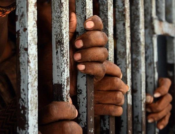 congo  900 prisoners
