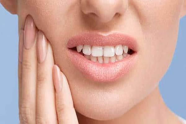 problem with bleeding teeth then follow these home remedies
