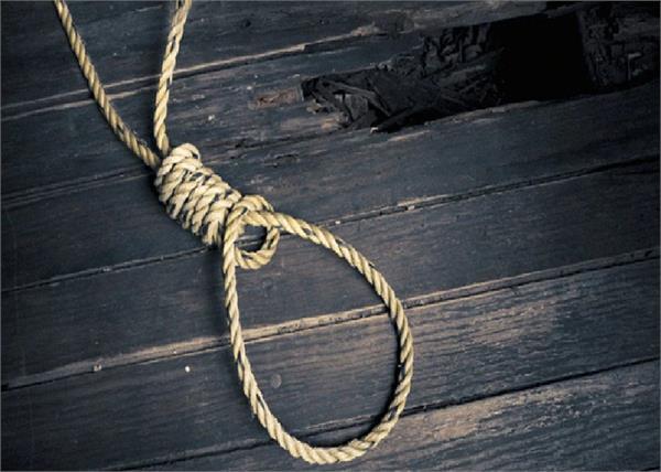 mental distress  labor  suicide