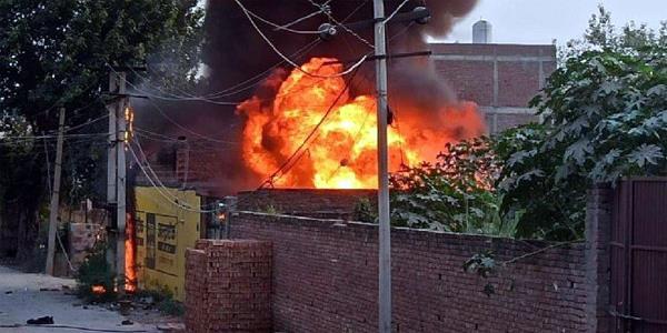 fire at cracker factory in madurai  tamil nadu  5 killed