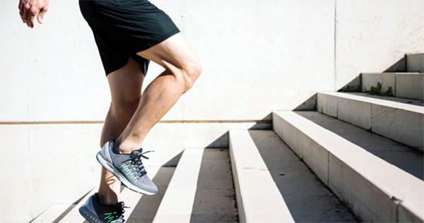 do not ignore the 7 signs of weakening of bones