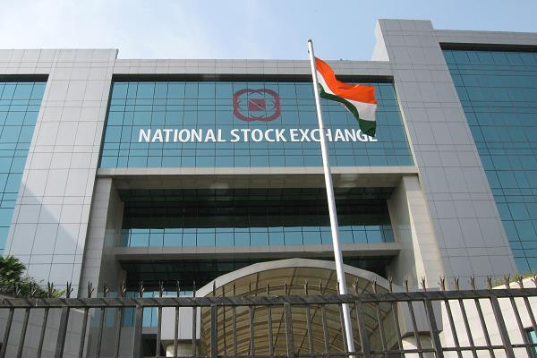 the sensex rose 274 points and the nifty crossed 13 000 points