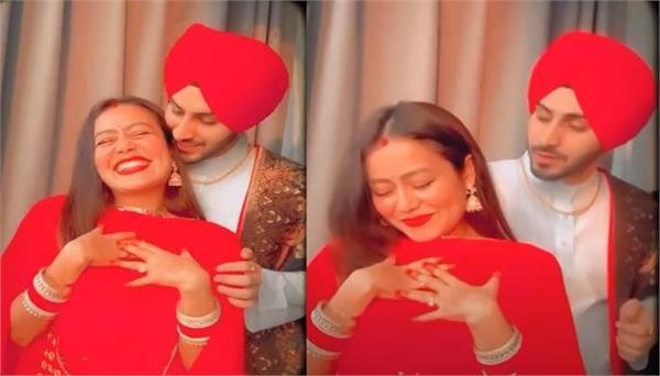 neha kakkar shared lovely video on karva chauth with rohanpreet