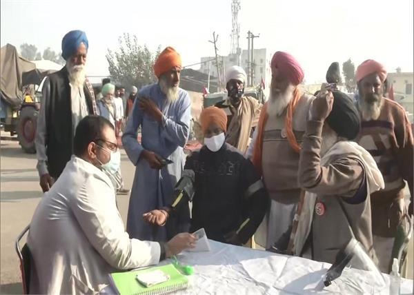 delhi medical check up camp setup at singhu borde