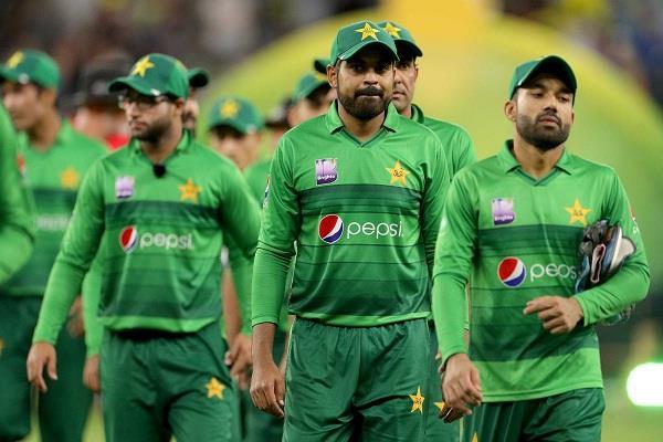 pakistan cricket team corona positive new zealand tour