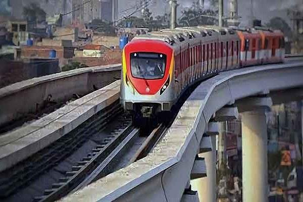 lahore metro pay huge salary to chinese