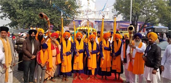 sri guru nanak dev ji parkash purabh nagar kirtan sultanpur lodhi