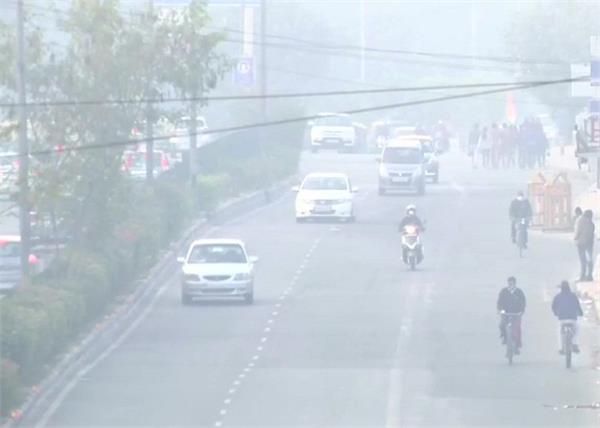 delhi air quality index at poor