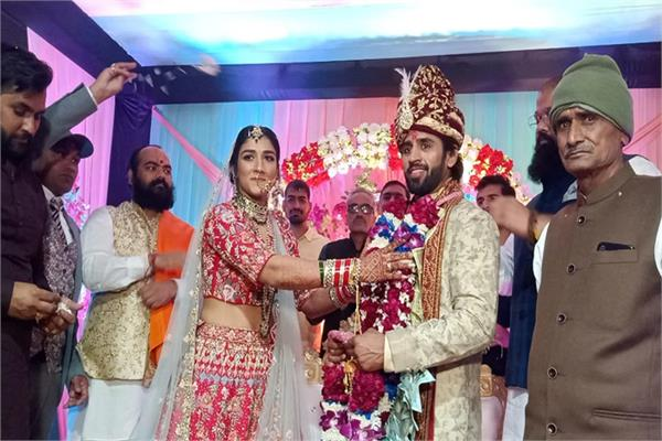 sangeeta phogat  bajrang punia  wedding  photos