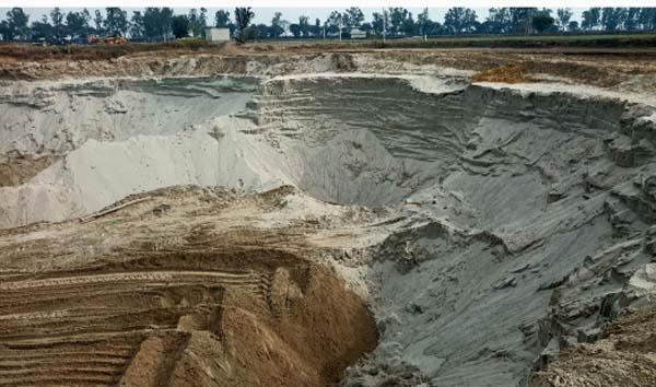 sultanpur lodhi  illegal sand  business