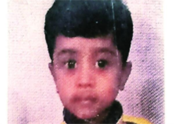 mumbai  5 year old boy was crushed to death in a lift accident