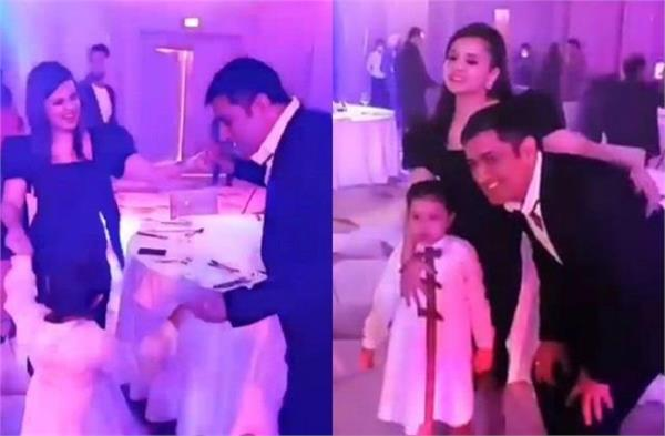 mahendra singh dhoni  dubai  wife sakshi  daughter jiva  dance  video