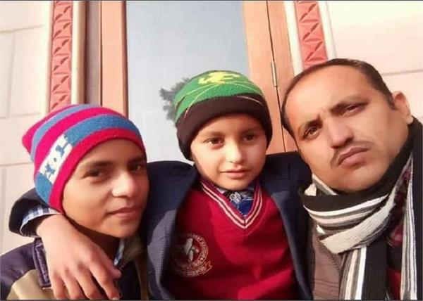 haryana  wife ate poison jbt teacher jumped canal with 2 children