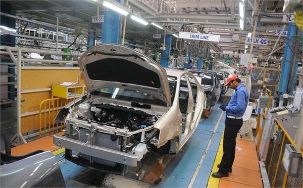 toyota kirloskar making less than 100 cars a day due to strike