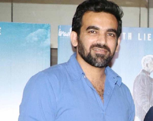 india australia series  zaheer khan  decisive role