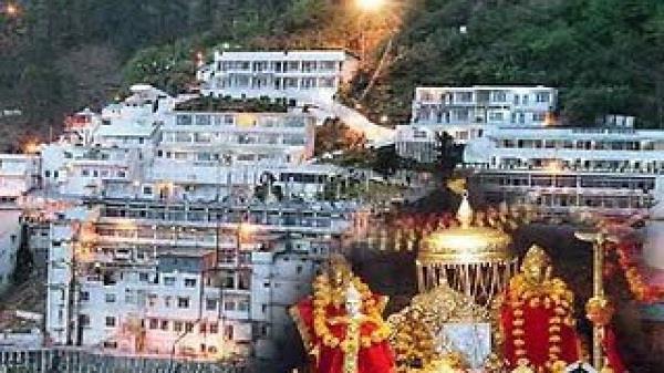 special pooja held at mata vaishno devi bhawan on diwali