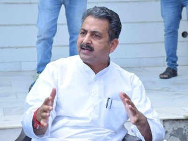 haryana  delhi border  minister singla