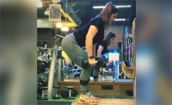 zareen khan workout in gym video viral on internet