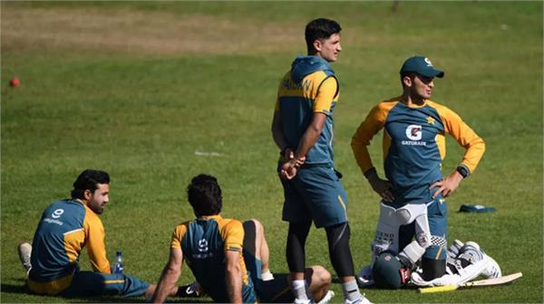 pakistan team  released  managed isolation  new zealand