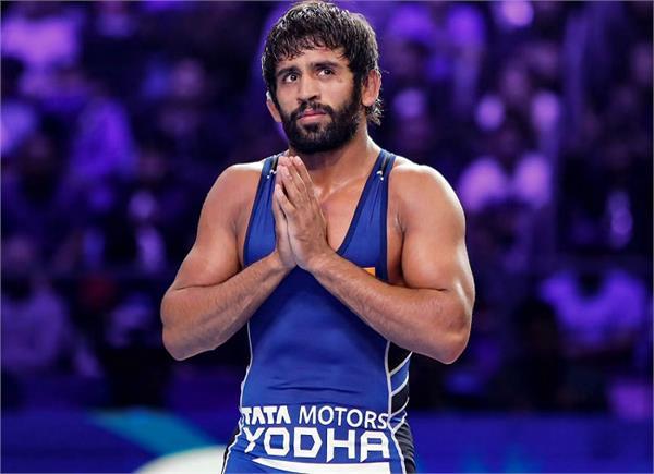 wrestler bajrang punia baba ram singh singhra emotional farmer support