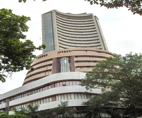 sensex sets new record high of over 300 points  crosses nifty 13200