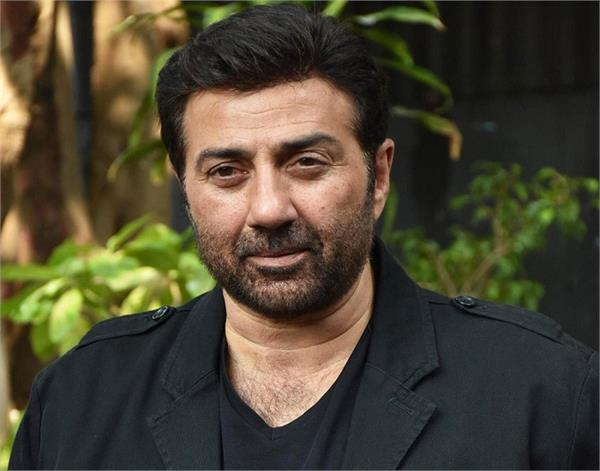 bollywood actor sunny deol once again brushed off deep sidhu