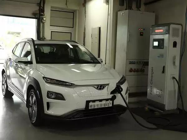 hyundai kona electric vehicle recalled over battery issu