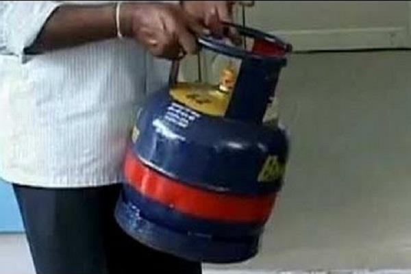 indian oil launches service chhotu cylinder