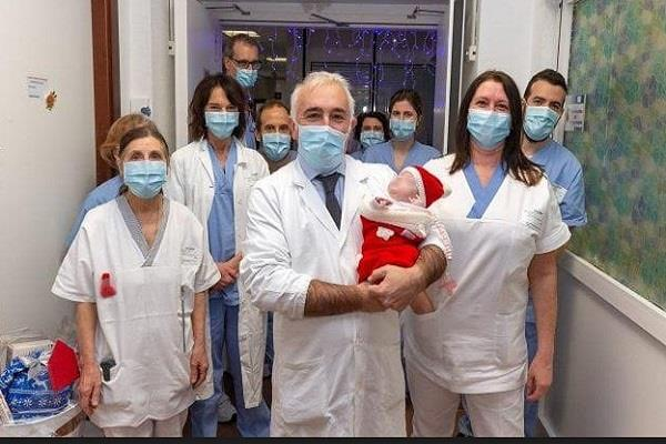 italy 5th month baby born doctors save life