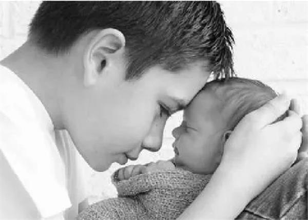 new zealand  s 11 year old boy is the world  s youngest father