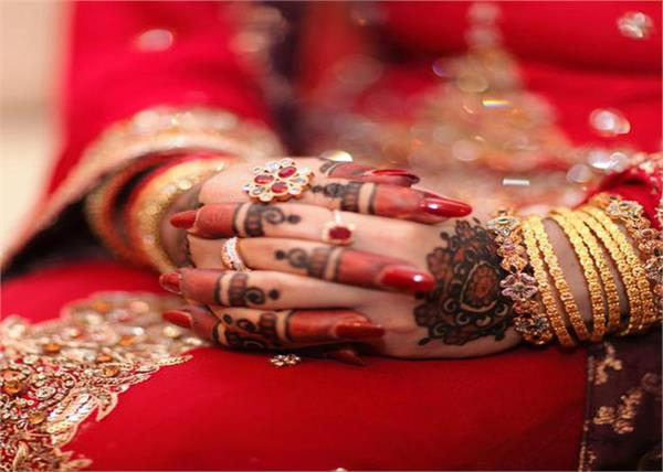 hindu girl abducted from wedding pavilion in pakistan
