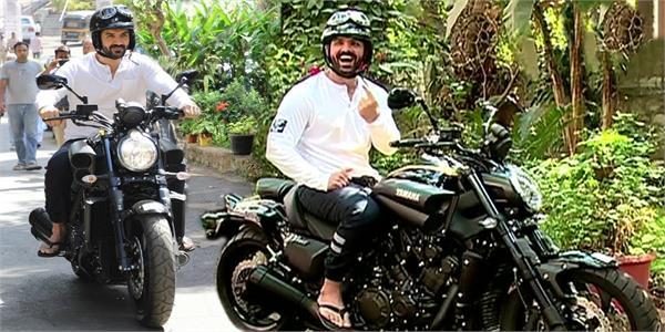 john abraham gifted bmw f750 gs bike to arshad warsi