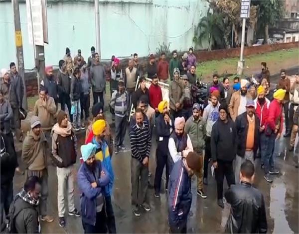 pathankot  bus stand  strike