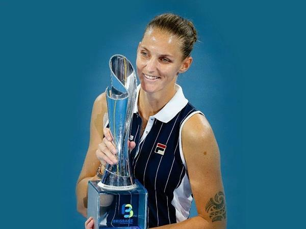 karolina pliskova wins third brisbane international title