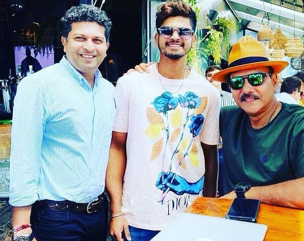 on social media  shastri shared a picture with shreyas  saying    magician