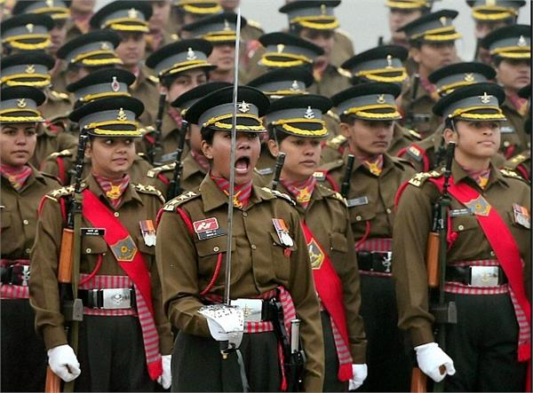 don  t doubt the competence of female officers